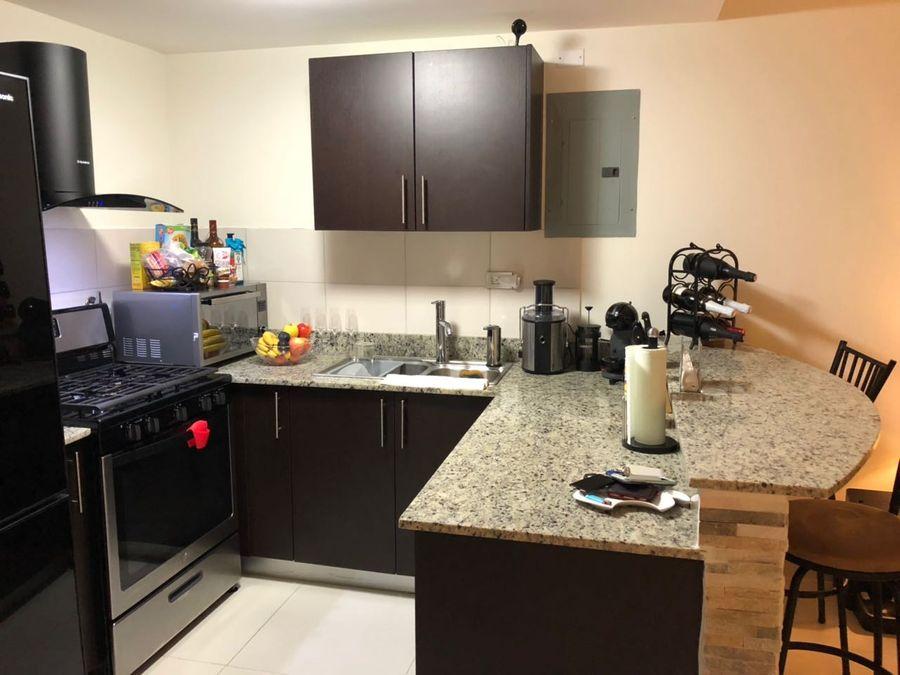 venta de apartamento en woodlands