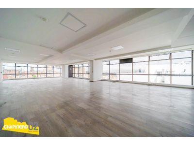 Oficina Arriendo :: 358 m² :: Chicó Reservado :: $25M