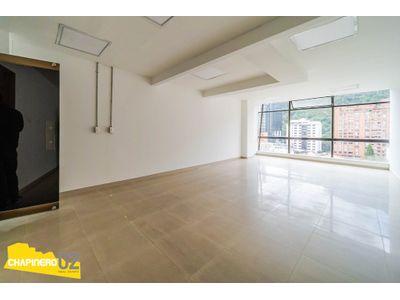 Oficina Arriendo :: 37 m² :: Chicó Reservado :: $2,5M