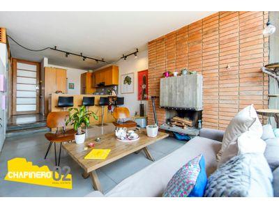 Apartaestudio Arriendo :: 70 m² :: Rosales :: $3 M