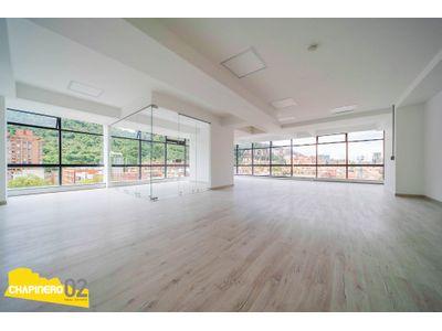 Oficina Arriendo :: 185 m² :: Chicó Reservado :: $12,8M
