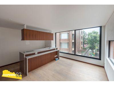Apartaestudio Arriendo :: 40 m² :: El Chicó :: $2.4 M
