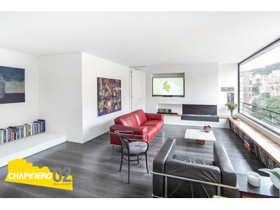 Apartamento Arriendo :: 133 m² +30 m² :: Rosales :: $6.1 M