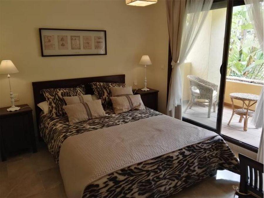 duquesa village manilva 3 dormitorios 2 banos