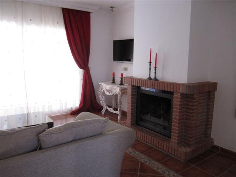 villa nueva andalucia 3 dormitorios 2 banos