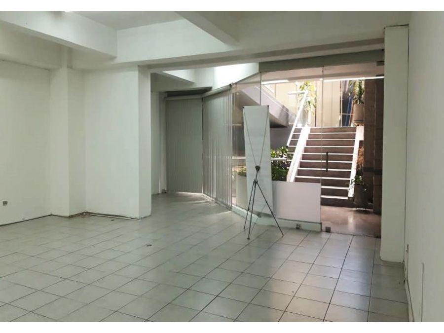 local en renta zona viva 92 m2