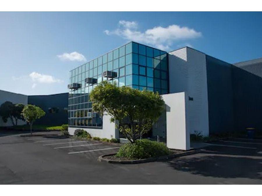 edificio corporativo zona 10 900 m2