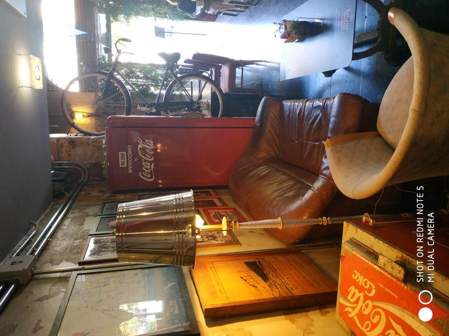 traspaso de bar en paseo sant juan con licencia c2