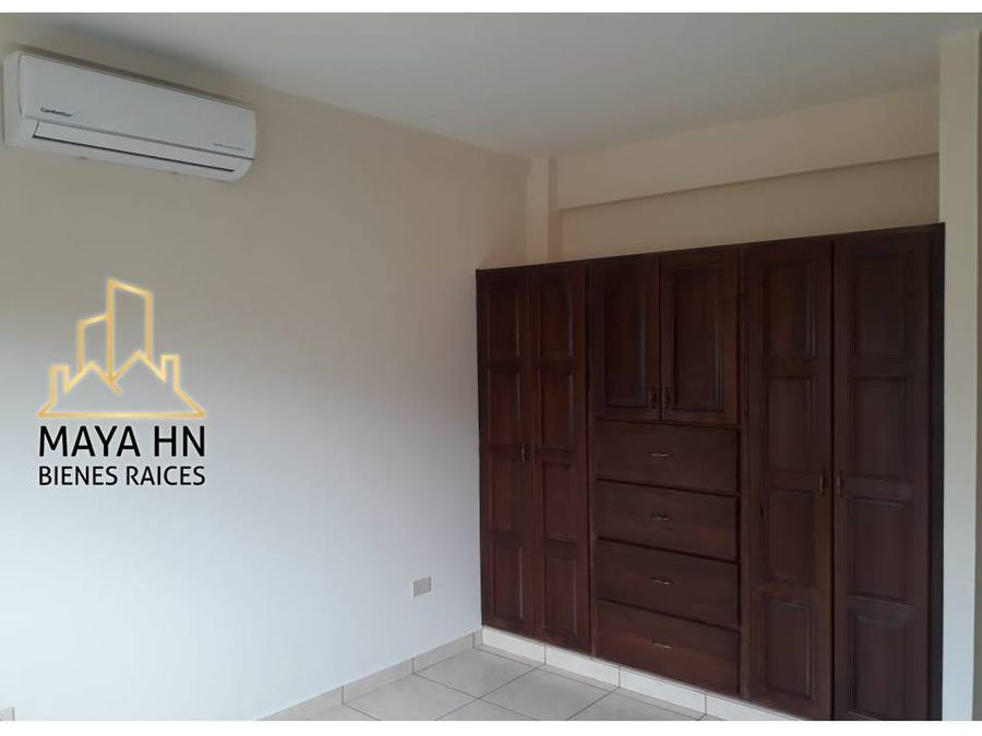 se alquila apartamento en residencial san ignacio
