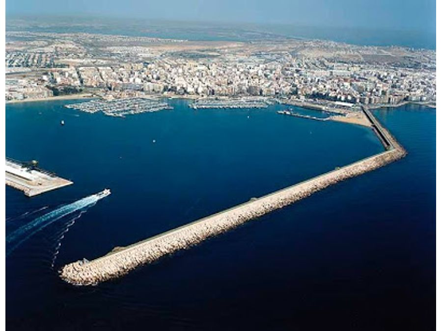 puerto playa del acequion