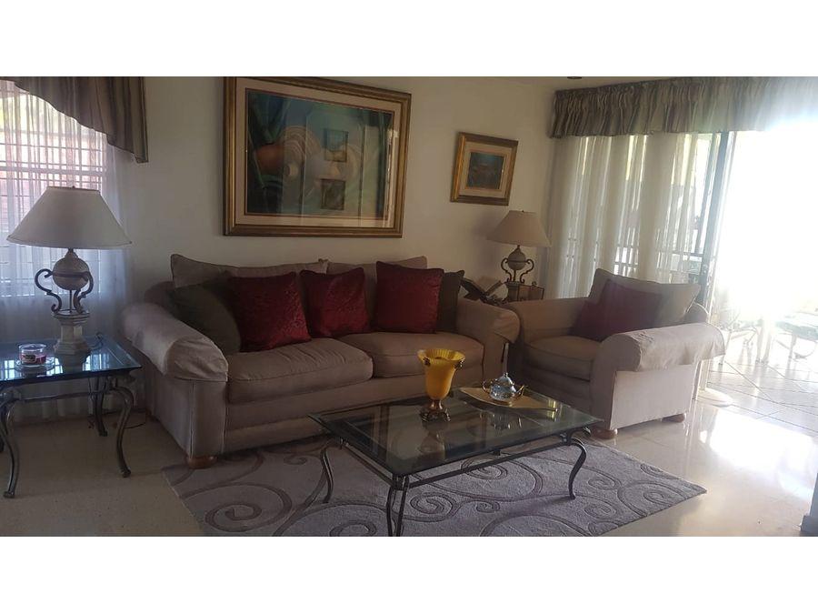 casa en venta en altos de santamaria en us275000