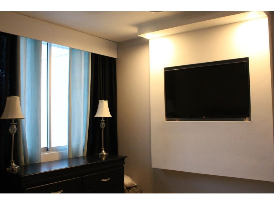 se remata apartamento en ph cosmopolitan tower