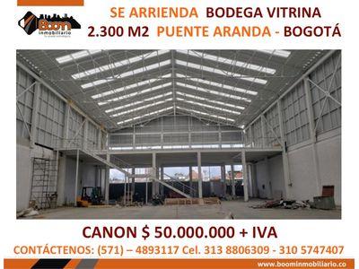 **ARRIENDO BODEGA LOCAL VITRINA 2.300 M2