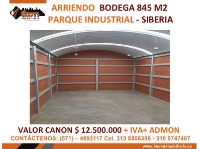 **ARRIENDO BODEGA 845 M2 SIBERIA