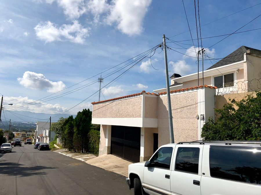 vendo casa en san cristobal vista al valle d