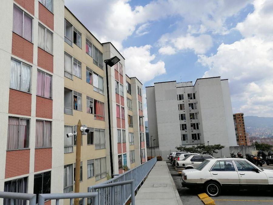 agradable apartamento en robledo cerca al parque
