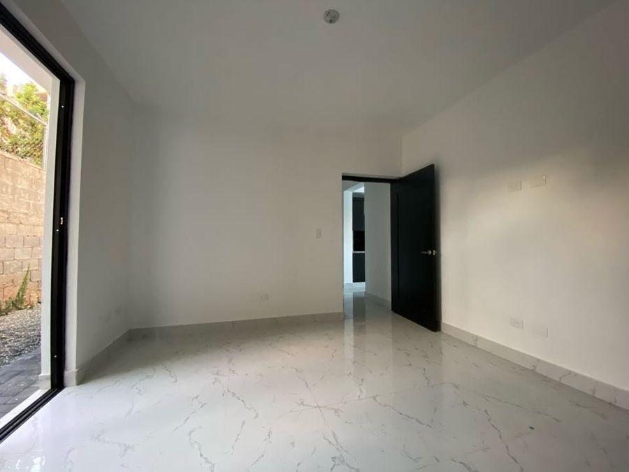 apartamento de venta en los llanos de gurabo