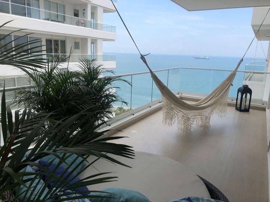 apartamento en venta a media cuadra de la playa