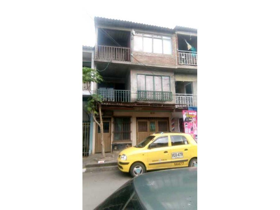 se vende casas tres pisos en el vergel