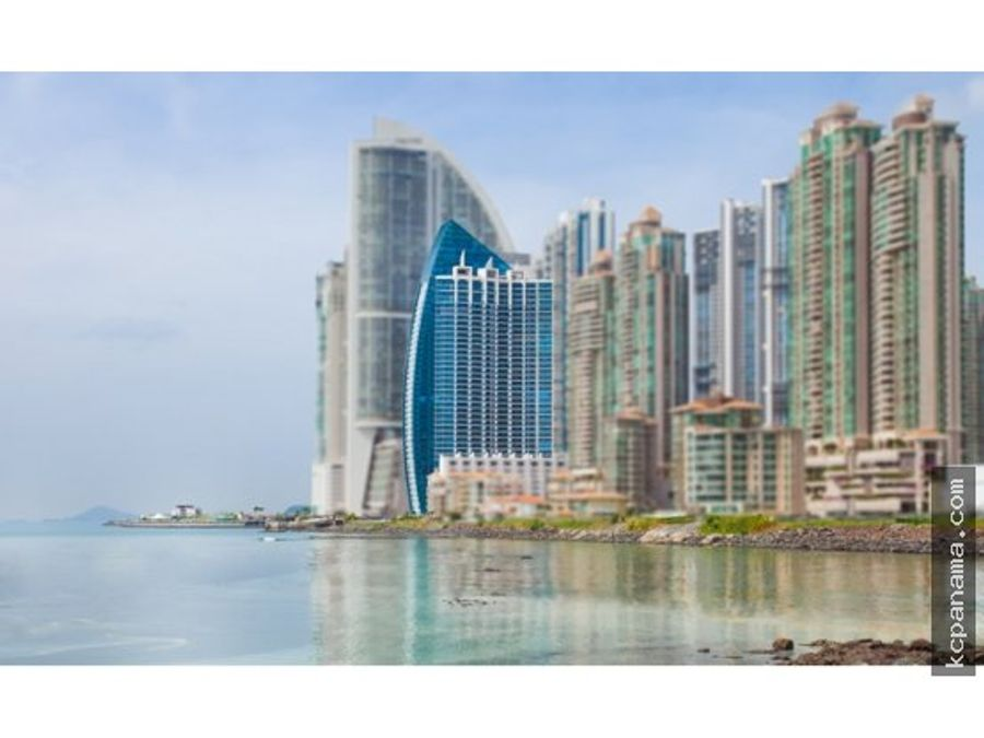 se vende amoblado apartamento en grand tower