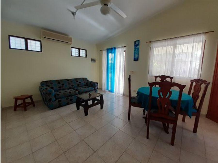 comodo apartamento amueblado cerca de la playa