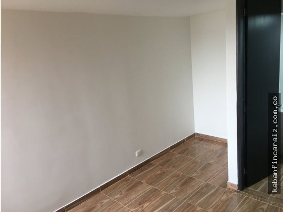 arriendo apartamento en chia naranjo iii