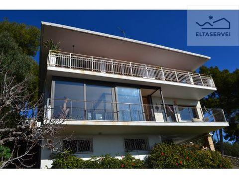 casa con vistas panoramicas al mar