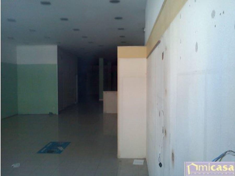bajo comercial en alquiler con 250 m2