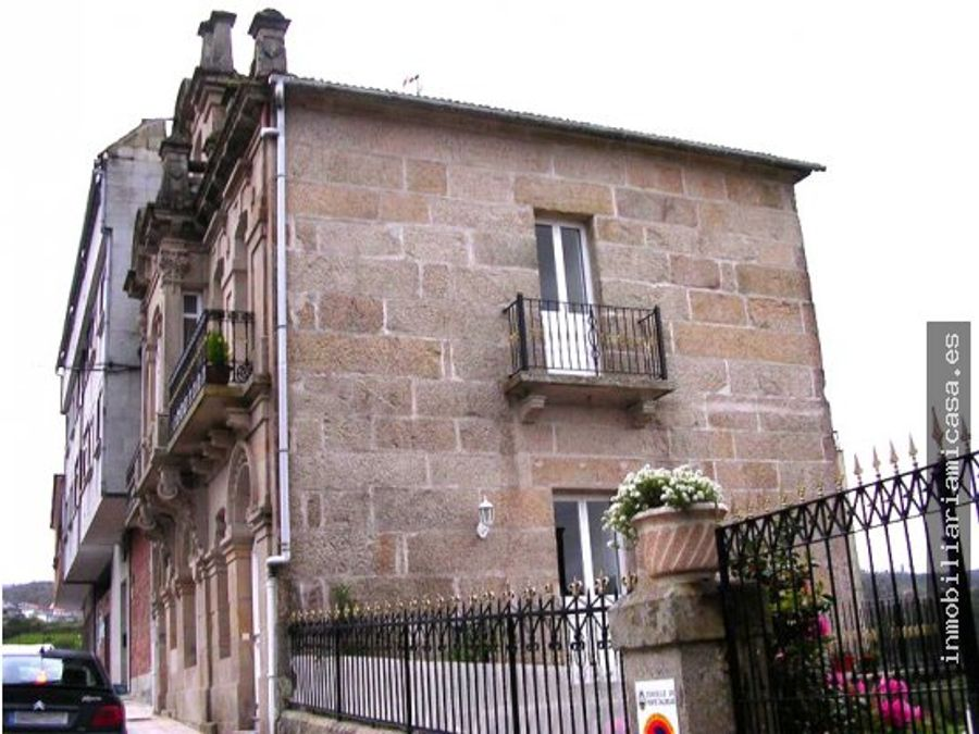casona historica en puentecaldelas
