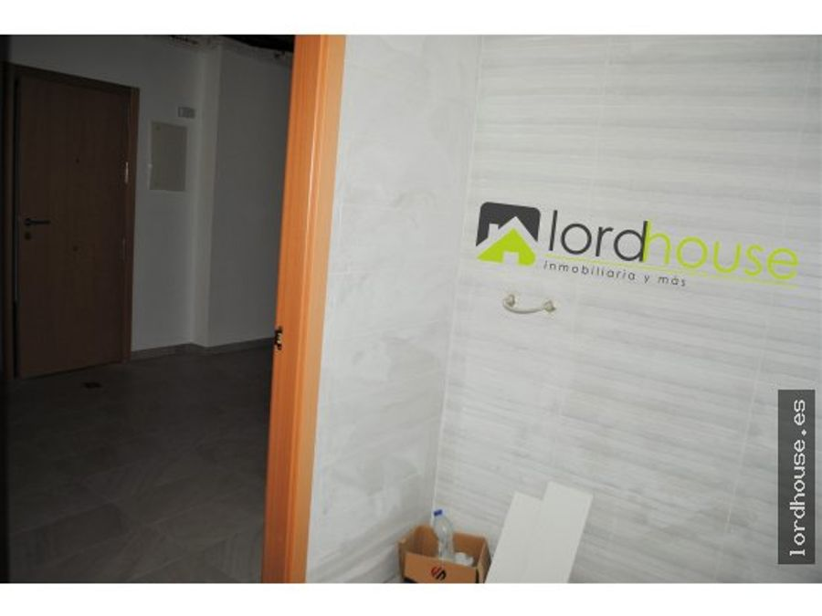 piso ideal para negocio en el centro avd juan carlos i