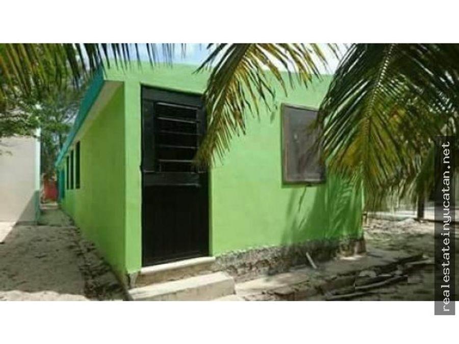 casa green de un piso a unos pasos del de mar