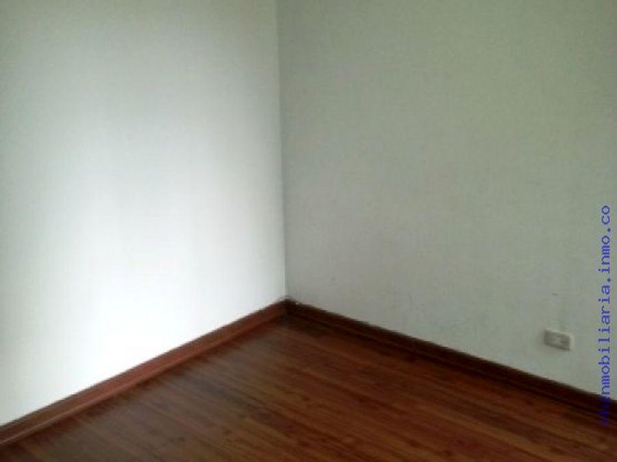 apartamento en renta en pinar de suba