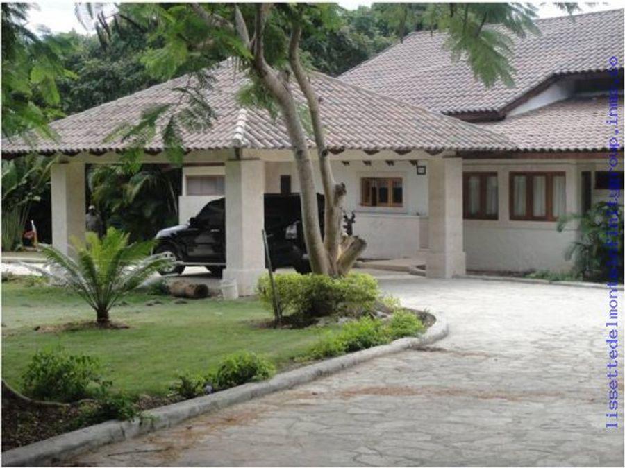 preciosa villa casa de campo