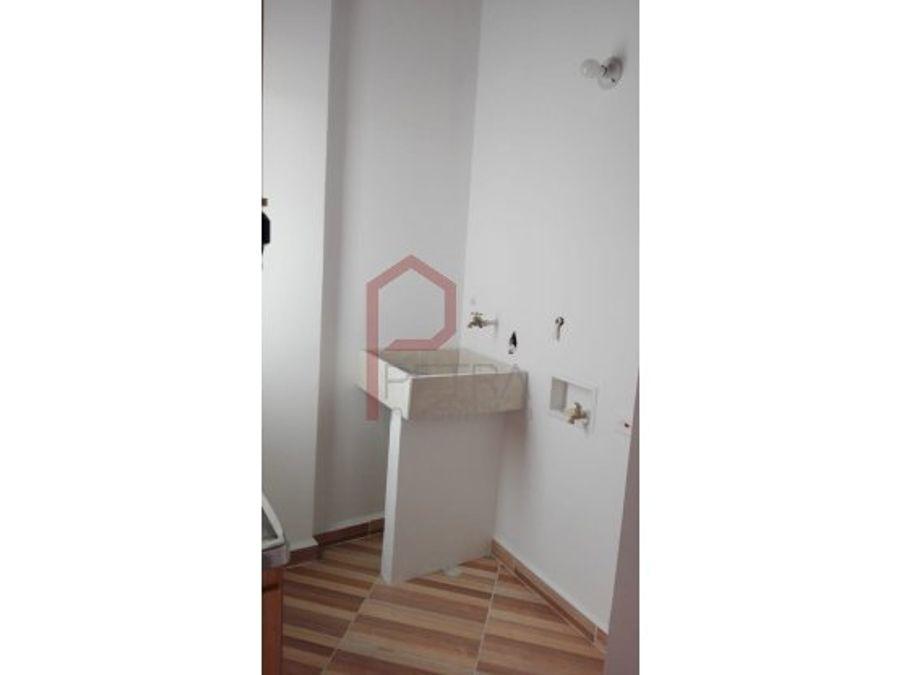 se arrienda apartamento en belen medellin