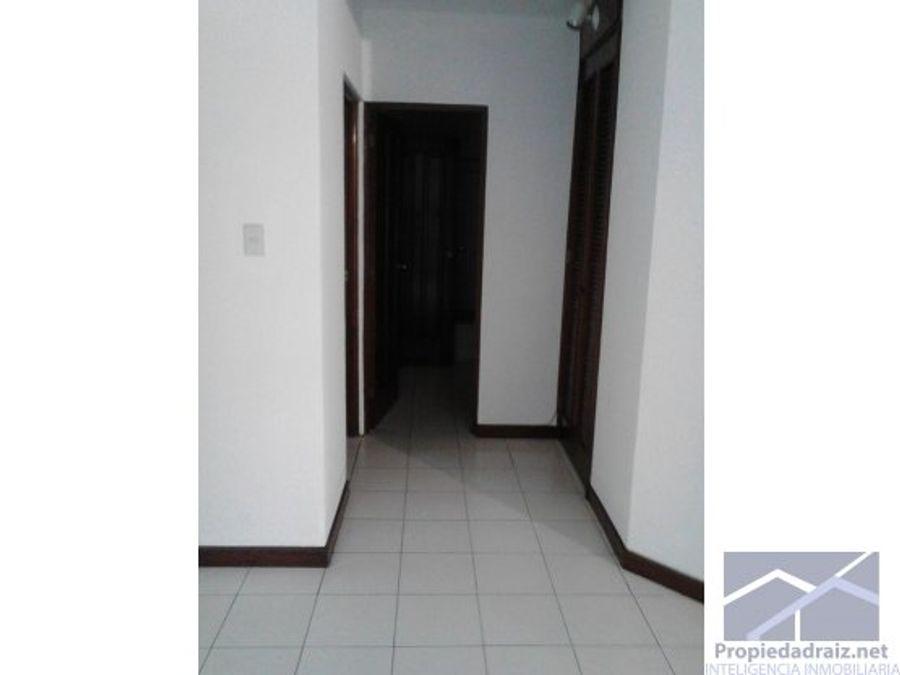 apartamento en zona 14
