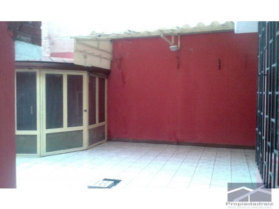 vendo amplia casa z11 para vivienda u oficina d