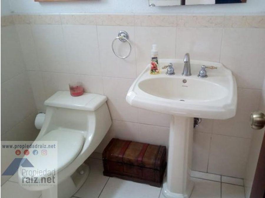 vendo townhouse condominio reina sofia z10 d