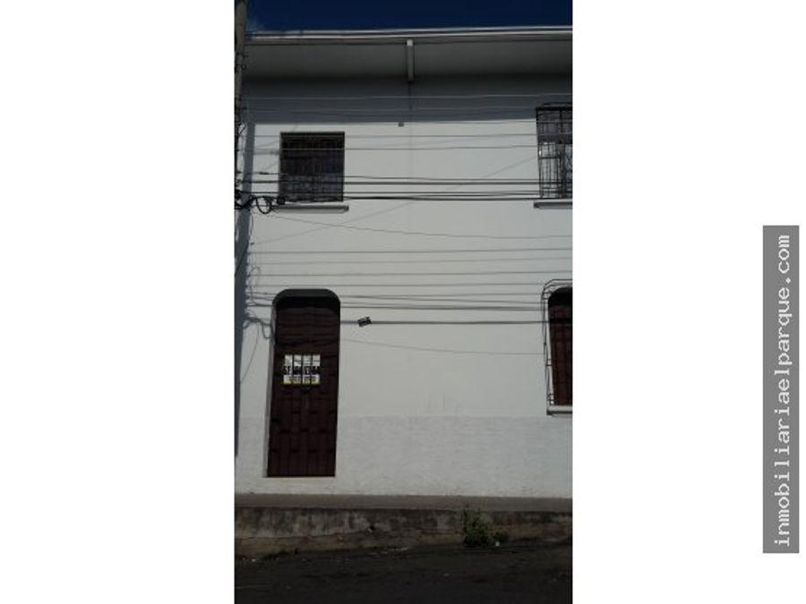 amplio local o oficina en el barrio sucre