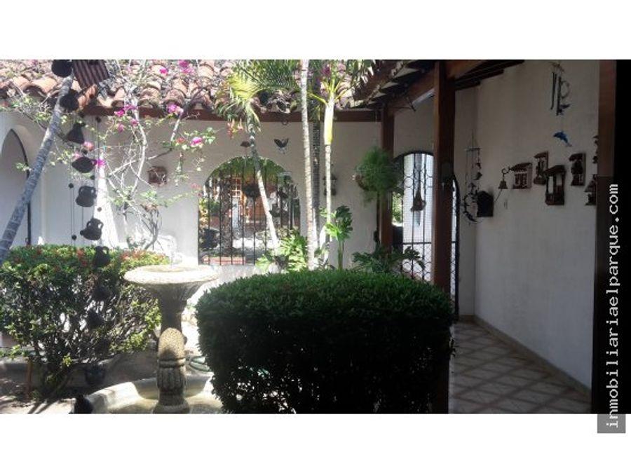 bonita y amplia casa para la venta en la magdalena