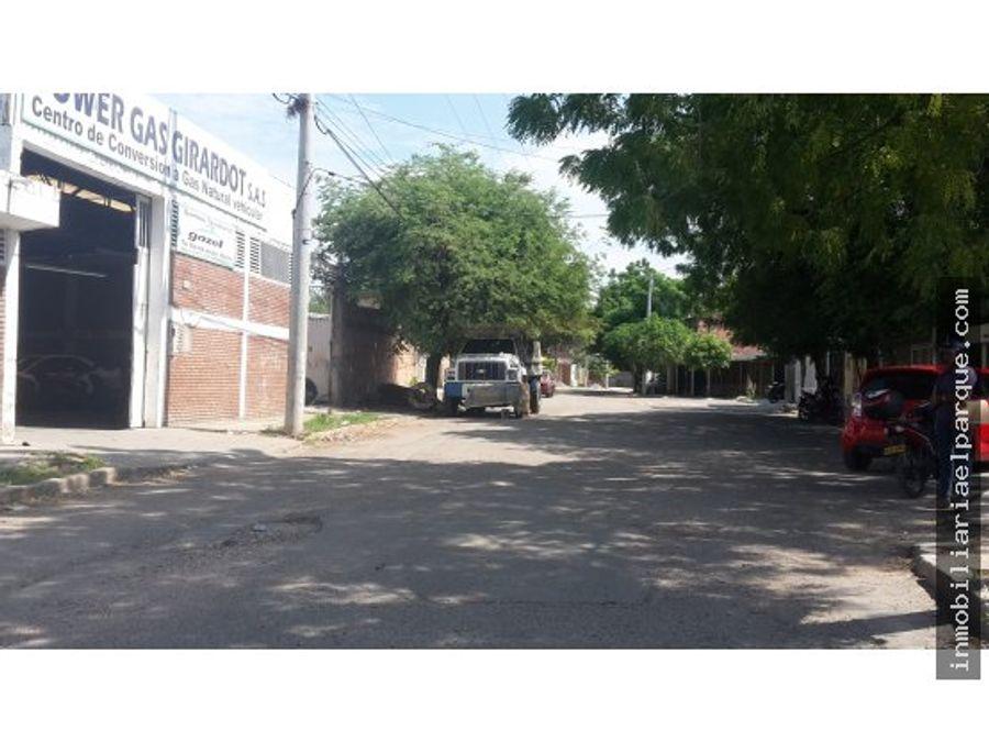 acreditada bodega en el barrio rosablanca