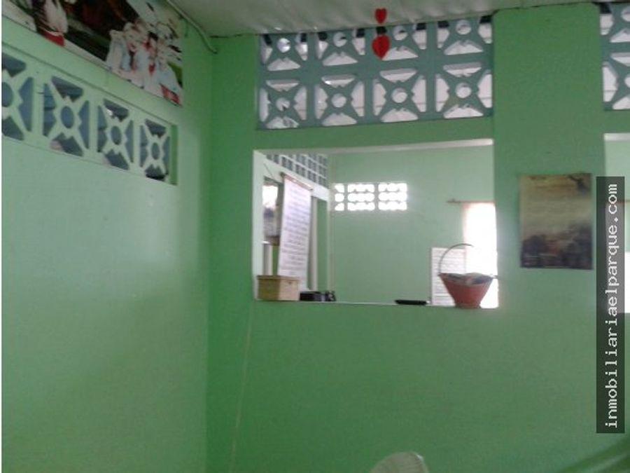 amplia casa para la venta en el barrio kennedy