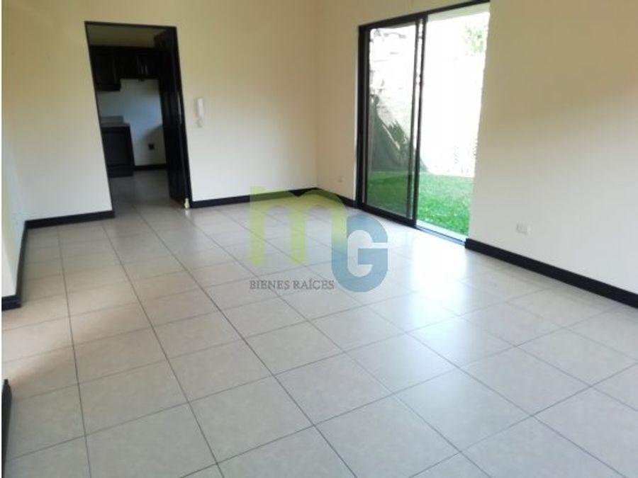 venta de casa en condominio en sabanilla
