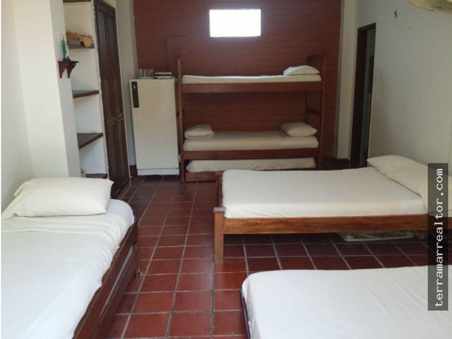 cabanas para 457 y 9 personas frente al mar