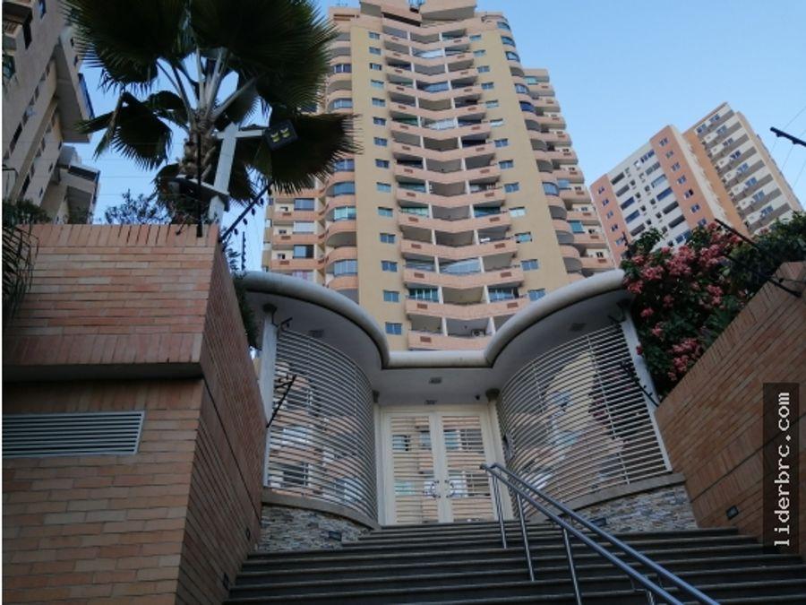en alquiler hermoso apartamento en las chimeneas