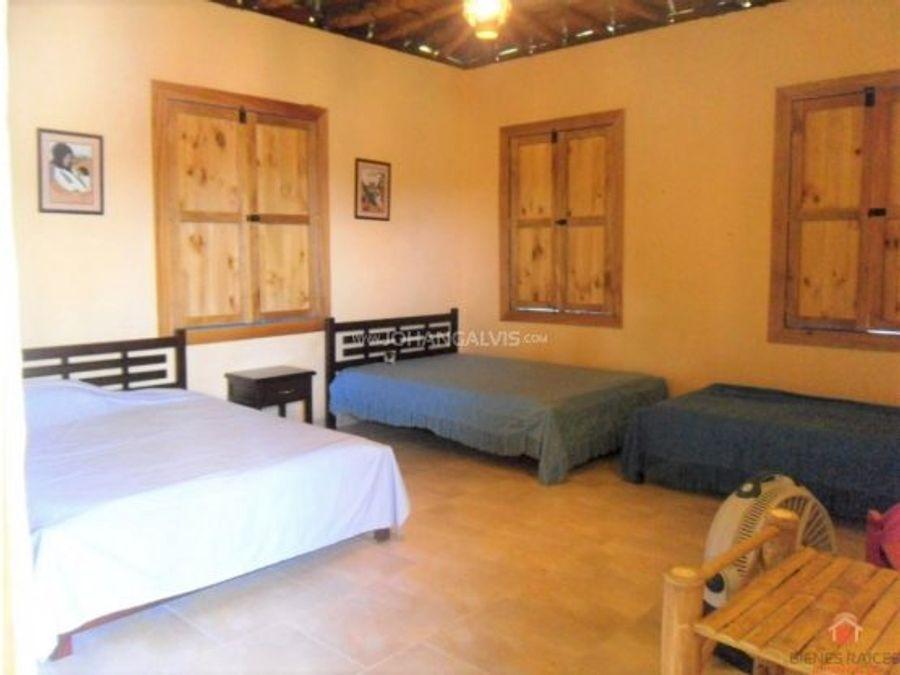 venta finca hotel tipica en pueblo tapao