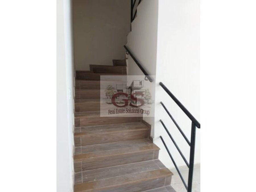 casa en rentaventa maderas residencial celaya
