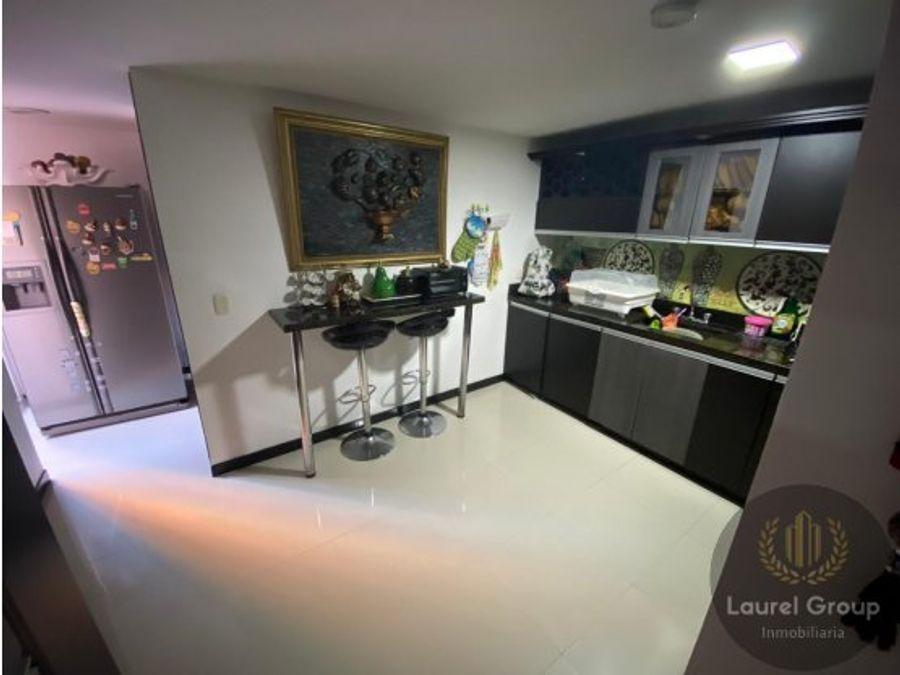 se vende apartamento en laureles bolivariana