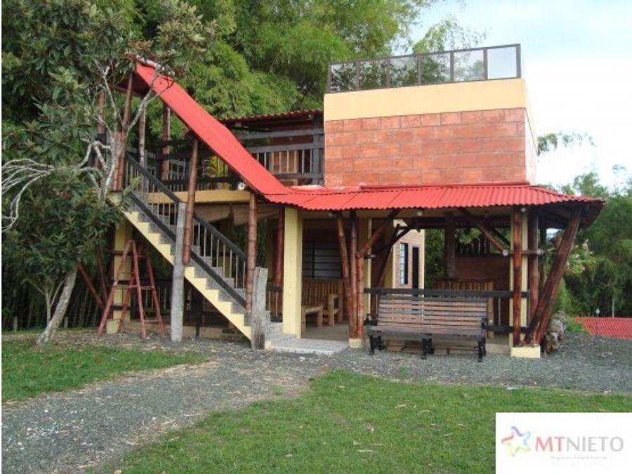 venta lote 6400 m2 con casa campestre filandia