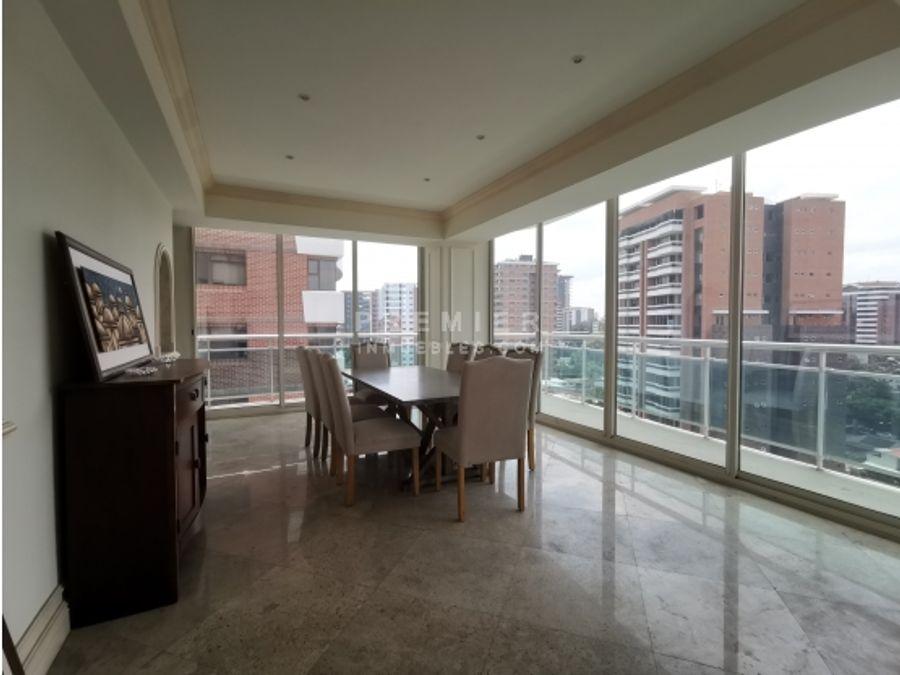 lujoso apartamento estilo frances en el corazon de zona 14