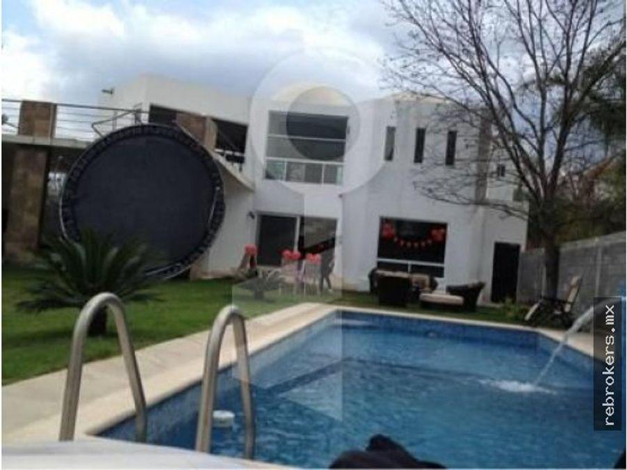 casa en venta barrial santiago nl
